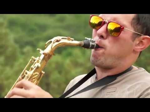 Музика сексуальна со стонами