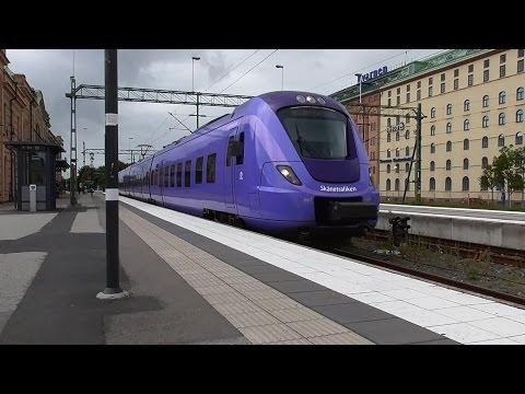 Skånetrafiken X61 067 avgår från stationer Kristianstad C.