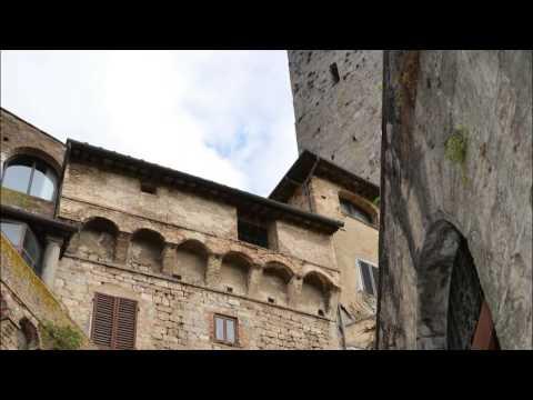 San Gimignano, Tuscany, Italy - Nov 25, 2013