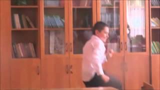 владик тусовщик 2 ахрененно прикольное видео(, 2014-05-25T14:27:00.000Z)