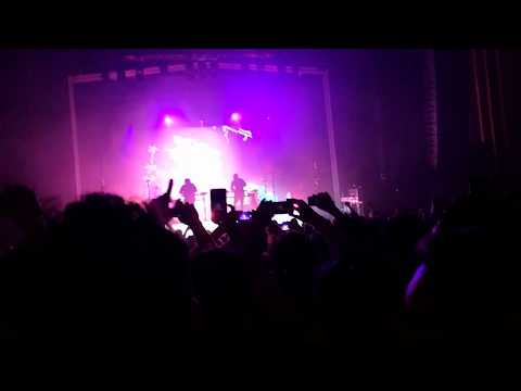 Porter Robinson - Divinity (Odesza Remix) Live in Sydney