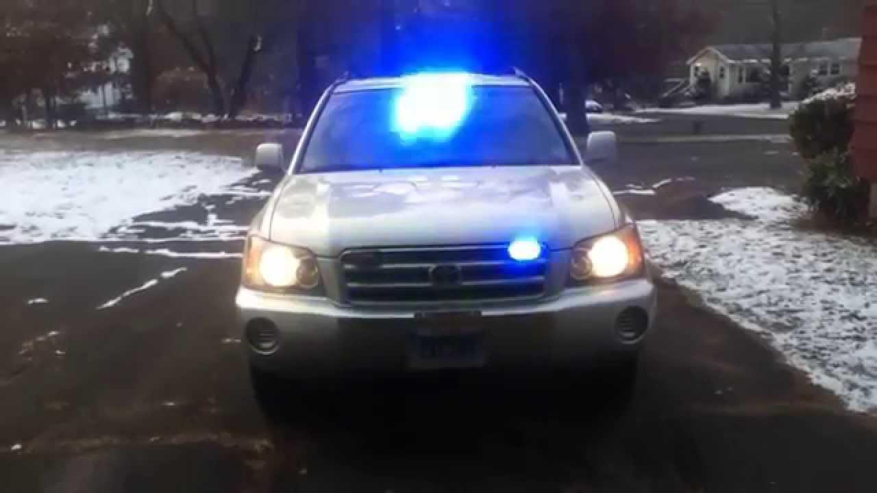 Toyota highlander pov emergency lights youtube toyota highlander pov emergency lights aloadofball Gallery