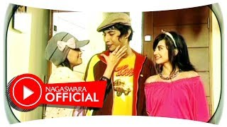 Video T2 - Lelaki Cadangan (Official Music Video NAGASWARA) #music download MP3, 3GP, MP4, WEBM, AVI, FLV Desember 2017