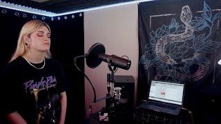 Смотреть клип Spiritbox - Holy Roller