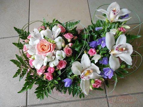 Композиции к Ппасхе из цветов