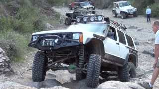 Jeep Cherokee XJ Box Canyon AZ Waterfall Obstacle, Broke Front Spider Gears