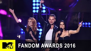 Shadowhunters Casts Accepts Best New Fandom | Fandom Awards 2016 | MTV