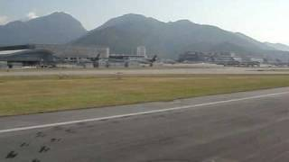 take off hong kong airport cathay pacific first class 747