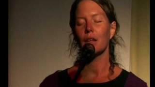 SYLVIA KIRCHHERR WINDGEISTER live @ 1. frauen-musik-wochenende im allgäu ´07