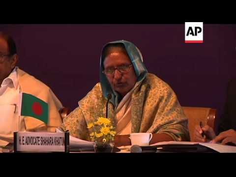 Indian and Bangladeshi home ministers meet to discuss border security
