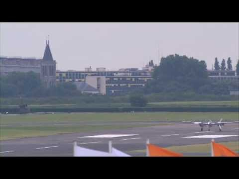 LOCKHEED P38 LIGHTNING (Vidéo officielle Salon du Bourget 2013)