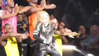 Madonna - Celebration (Madonna falls on stage) | Bell Center, Montreal 30 / 08 / 12 | [HD]