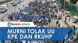 Demo di Depan Gedung DPR, Massa Aksi Bantah Unjuk Rasa Untuk Gagalkan Pelantikan Jokowi