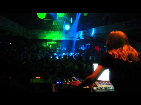 Miss Djax Live At Retro Acid Gent - 07.09.2013