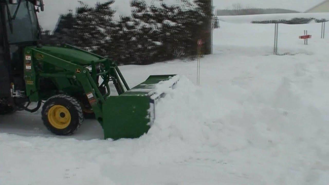 John Deere 2720 Snow Blowing Youtube