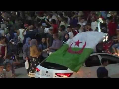 التونسيون يشاركون الجزائريين فرحة تتويج الخضر بلقب كأس الأمم الأفريقية  - نشر قبل 3 ساعة
