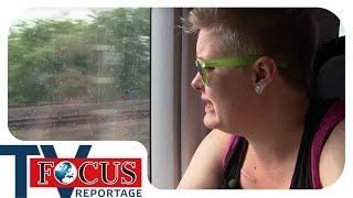 Der Kobold im Kopf: Tourette bestimmt Fabienes Leben - Focus TV Reportage