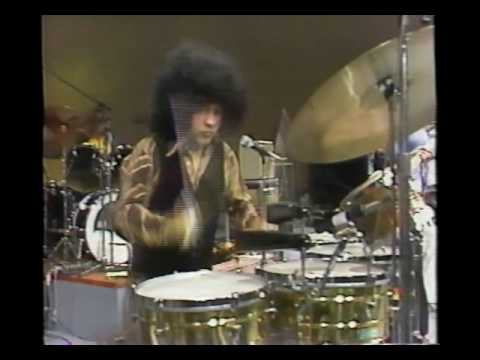 Santana and Tower of Power Brass perform Maria Caracoles Live February 2, 1977  RARE FOOTAGE