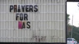 Community reacts to US naval base shooting