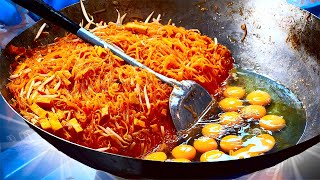 REPEAT THE INCREDIBLE STREET FOOD FROM AROUND THE WORLD / Pad Thai / cheese Corn dog / martabak