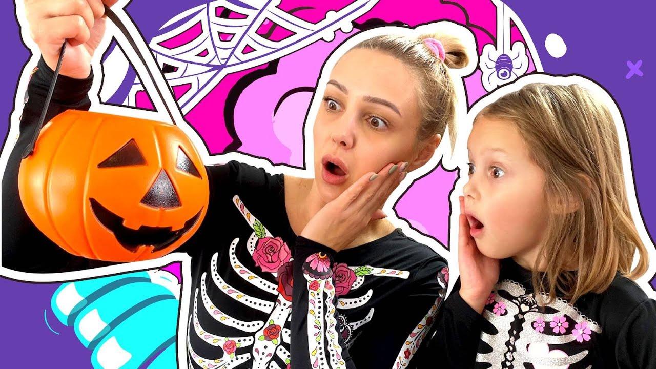 ХЭЛЛОУИН 2019! Как Маленькая Ведьмочка портит праздник Маме и Амельке!