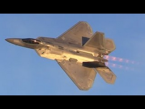 Lockheed Martin F-22 Raptor Stealth Fighter Jet Demo At Abbotsford Airshow's Twilight Show