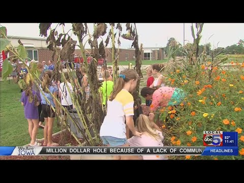Interstate 35 Elementary School uses outdoor as learning space