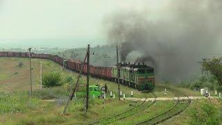 Двойная дымная тяга тепловозы 2ТЭ10М3ТЭ10М Smoky Double Traction Locos 2TE10M-3TE10M
