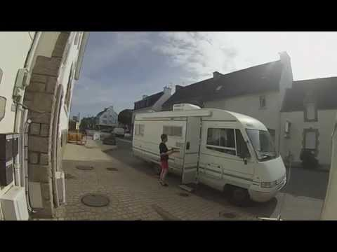 Bretagne : Un Midi En Immersion Dans Une Crêperie !