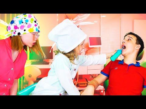 Дети лечат зубы и играют в доктора стоматолога. Сборник видео для детей.