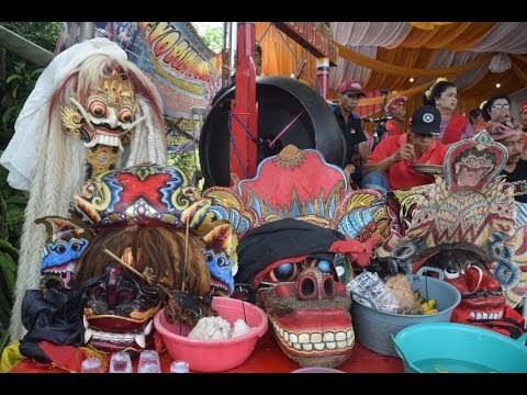serem-jaranan-setyo-budi-utomo-banyuwangi-kaligondo-genteng-macan-&-rangda,indonesia