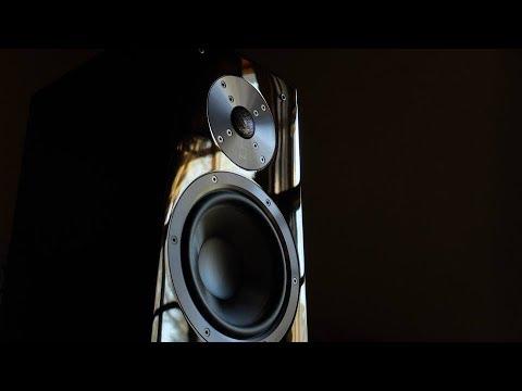 Review! The SVS ULTRA Bookshelf Loudspeaker!