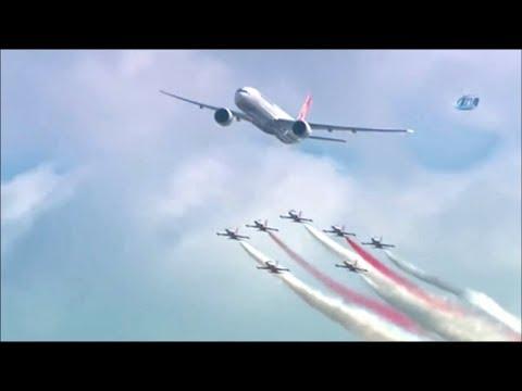 BOEING 777 - 300 ER SHOW    Türk Hava Yolları - THY