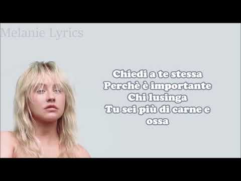 Christina Aguilera - Fall In Line Ft. Demi Lovato || Traduzione In Italiano