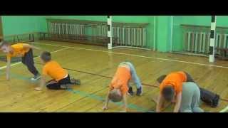 Урок физкультуры у 1-го класса.