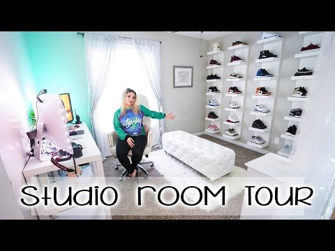 sneakerhead-&-beauty-room-tour