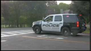 Car Chase though Fairfax CA April 5 2013- Quick clip of SUV on Bolinas Rd