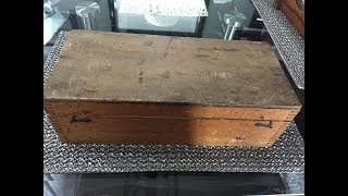 A Man Found This Old Box At A Junk Sale, And Inside Was A Window 100 Years Into The Past