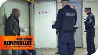 Knackis auf Freigang in der Polizeikontrolle! Haben sie etwas vor? | Achtung Kontrolle | kabel eins