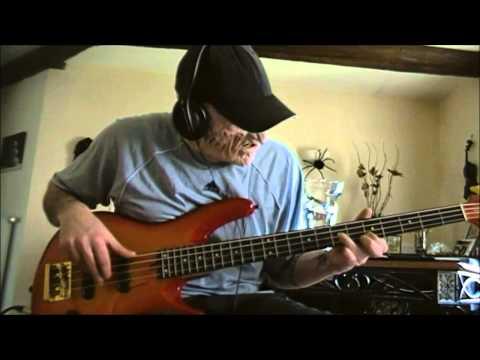 Rancid - Maxwell Murder + Solo w/ Fingers (Bass Cover)
