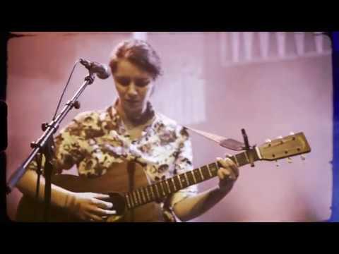 Roseanne Reid - Amy (Official Video) Mp3