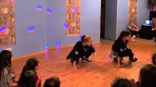 Hip-hop improvisation дуэт: Даша и Юля - детский танцевальный конкурс