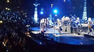 Bon Jovi - Toronto - April 10, 2017 - ACC - Livin' on a Prayer