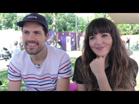 Oh Wonder interview - Josephine and Anthony @pinkpop