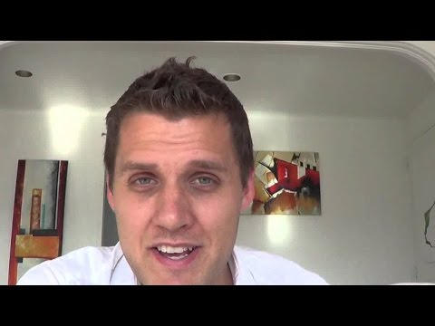 Mark Manson: Attract Women Through Brutal Honesty & Vulnerability