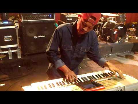 Coffee Reggae Stone - Pasir Putih (live...