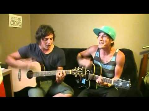 One Direction - What Makes You Beautiful (Cover) - YouTube