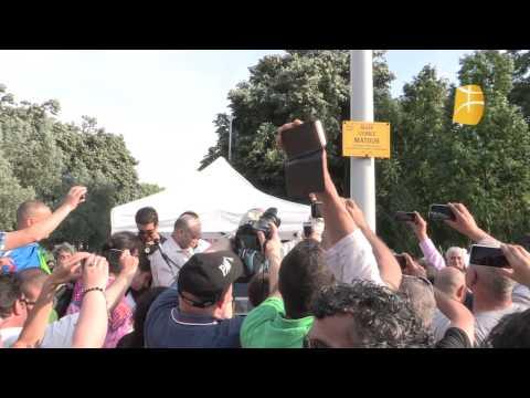 """Inauguration d'une allée """"Matoub Lounes"""" le 6 juin 2015 à Saint-Étienne"""