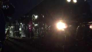 クルーズトレイン「ななつ星in九州」の長崎駅発車のシーンです。 2013年...