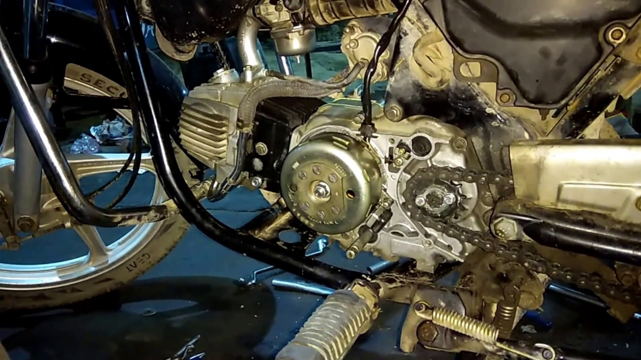 Old Engine Gears : Hero splendor engine and gear fitting honda